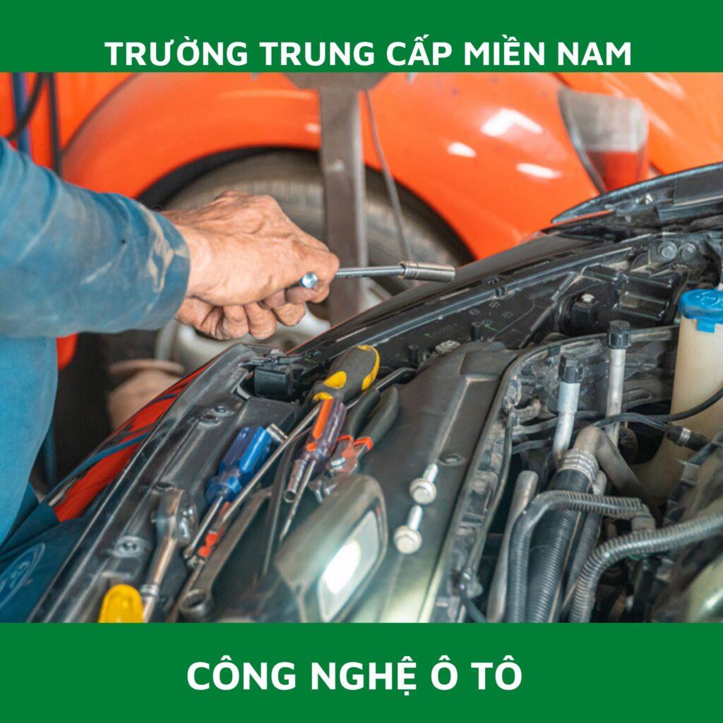 Đào tạo trung cấp nghề ô tô miền nam